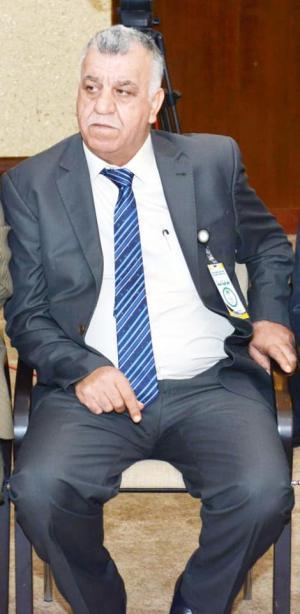 وزير الشباب والرياضة يُعزي الأوساط الرياضية بوفاة رئيس اتحاد الرماية