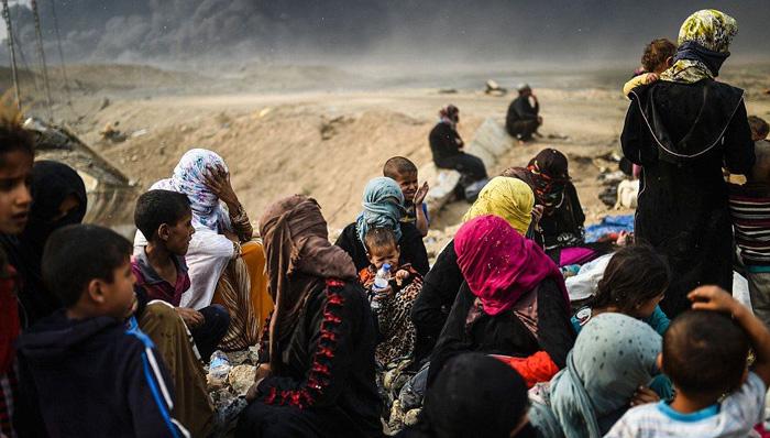 إيواء اكثر من اكثر من أربعة ألاف نازحاً من إحياء الجانب الأيمن لمدينة الموصل