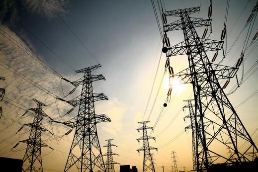 الكهرباء تدعم منظومتها الوطنية بـ7 الاف ميغاواط استعداداً للهيب الصيف