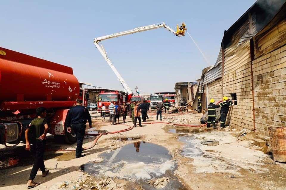 نشوب حريق في مخازن بمحافظة النجف