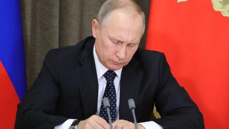 بوتين يأمر بالرد على اختبار صاروخي أمريكي بإجراءات مماثلة