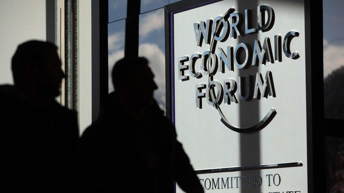 إرجاء منتدى دافوس الاقتصادي 6 أشهر