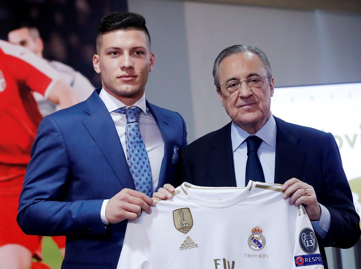 لاعب ريال مدريد الجديد اثناء تقديمه: انا اسعد رجل في العالم
