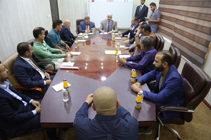 وزير الشباب والرياضة يبحث الواقع الشبابي والرياضي في الانبار