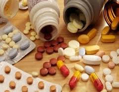 دعوات الى التحقيق في الكميات الكبيرة من الادوية والمعدات الطبية بمجمع حي الشفاء الطبي