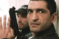 """""""عمر واكد"""" يشق طريقه الى هوليوود ويجسد دور رجل أمن في فيلم من انتاج """" وارنر بروز """""""