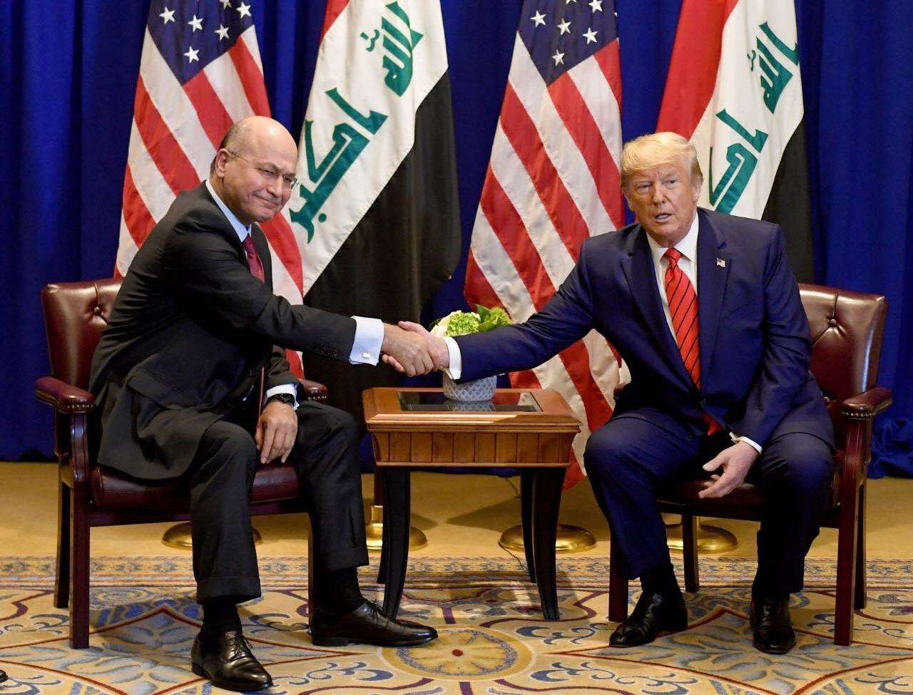 الهاشمي: إيران تجاهد للجلوس مع ترامب وأنصارها في العراق ينتقدون صالح لمصافحته!