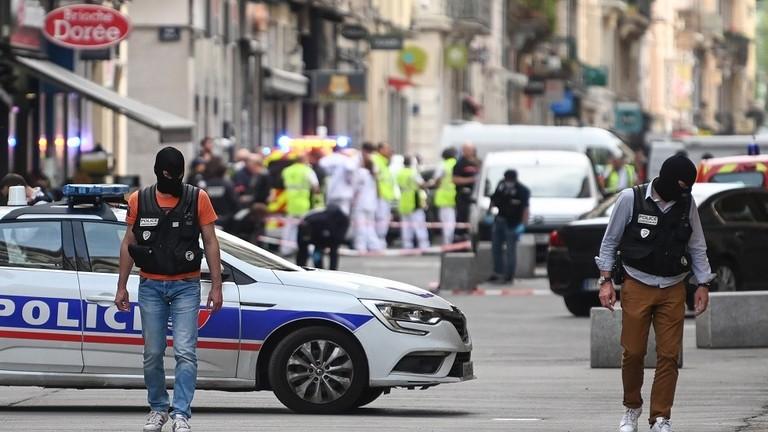 الشرطة الفرنسية تبحث عن مشتبه بتنفيذه تفجير ليون