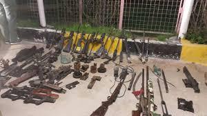 العثور على كدس من الأحزمة والعبوات الناسفة  من مخلفات تنظيم داعش غربي بغداد