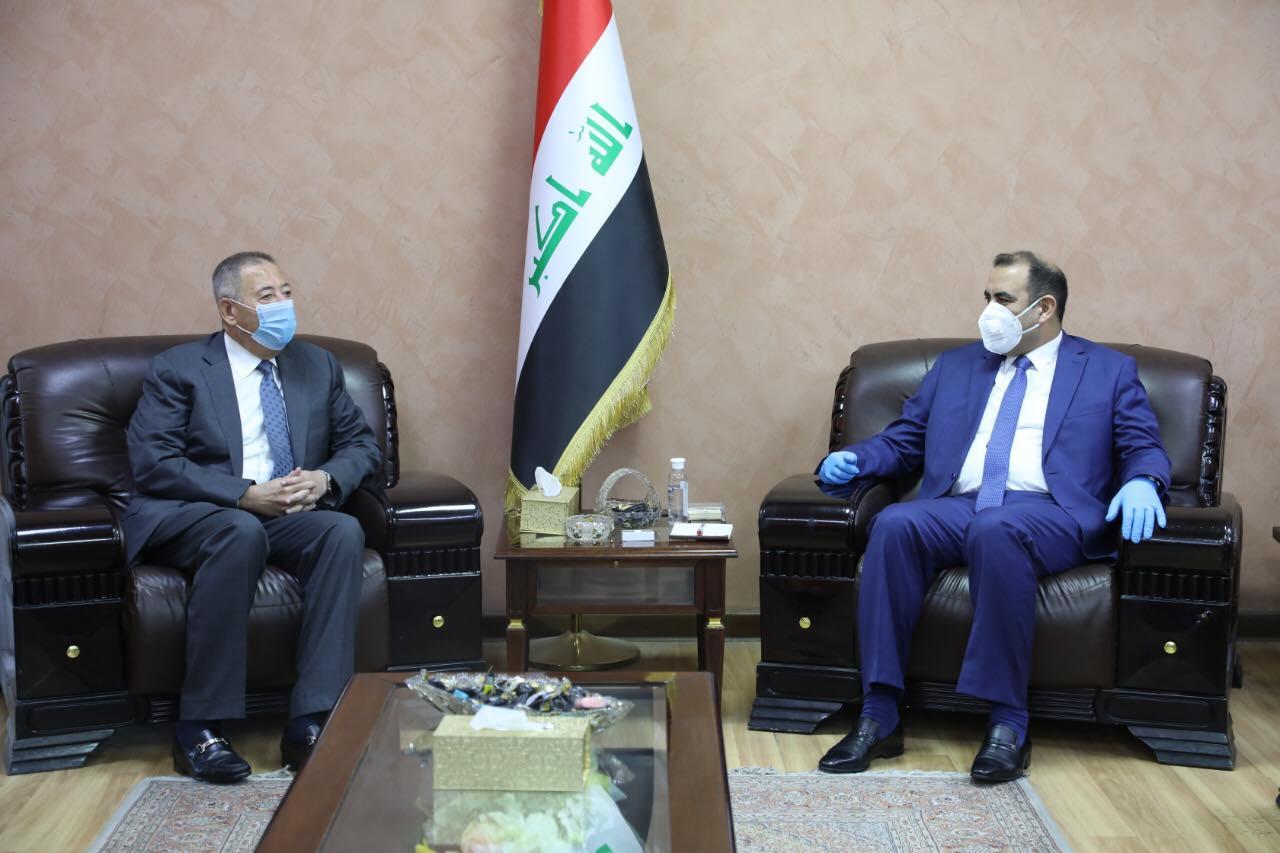 العراق والأردن يبحثان استكمال متطلبات الربط الكهربائي وشبكة الإنترنت بين البلدين