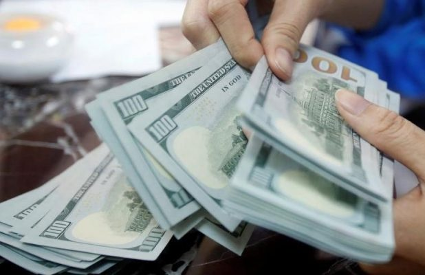 Source: The sale of dollars in the central bank stopped blocking the arrival of large fake funds to Iran Image