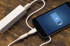 تعاني من نفاذ بطارية هاتفك..تعرف على أبرز الأخطاء الشائعة أثناء الشحن