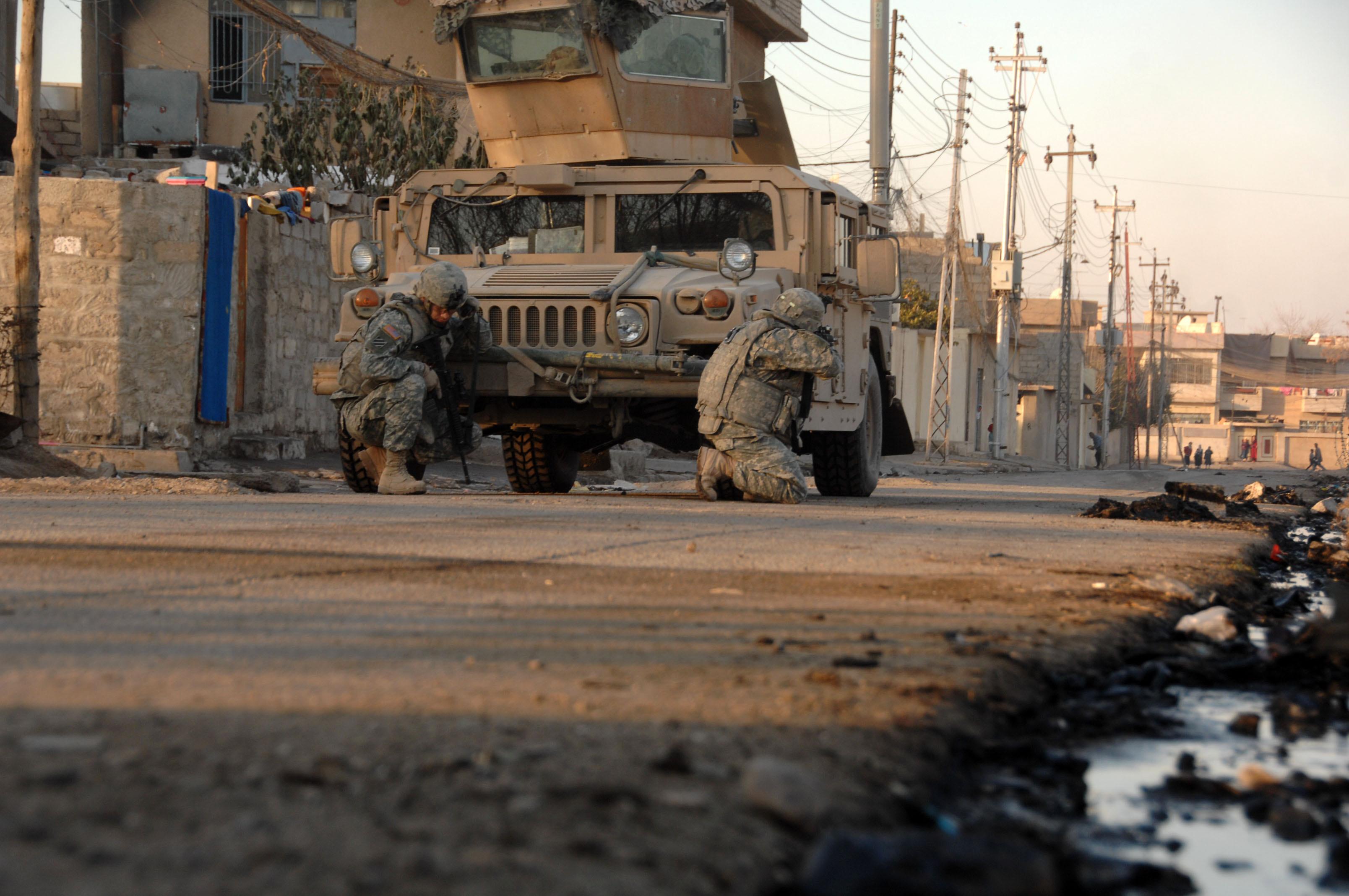 قوات الجيش تقتحم ناحية كرمليس شرق مدينة الموصل