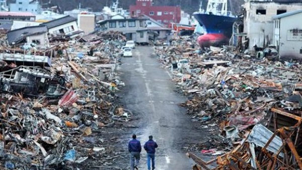 ارتفاع عدد ضحايا زلزال وتسونامى اندونيسيا إلى 384 قتيلا
