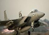 اسرائيل تؤكد شن غارة على سورية مستهدفة شحنة صواريخ