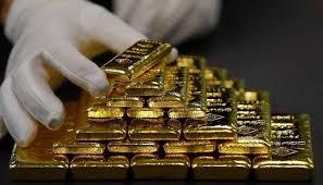 أسعار الذهب ترتفع مع ضعف الدولار والتطورات التجارية