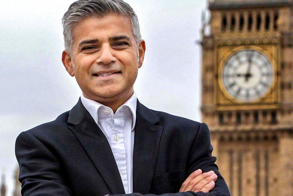 باكستاني أول مسلم يتولي منصب لرئاسة بلدية العاصمة لندن