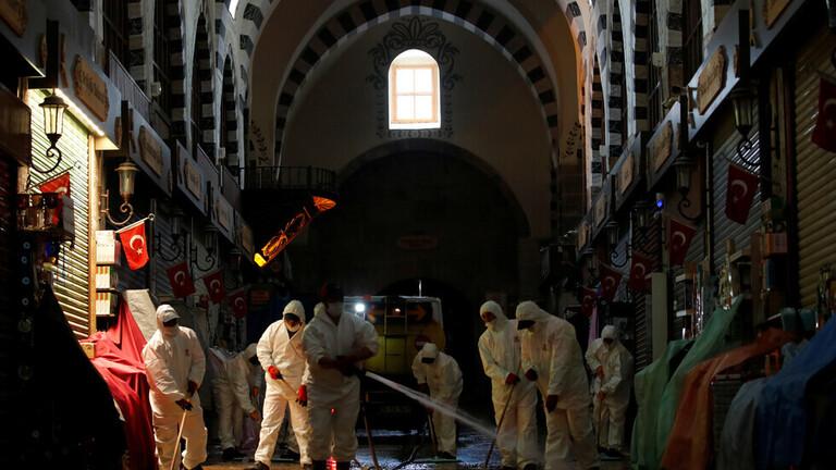 تركيا تتجاوز حاجز 1600 إصابة يومية بكورونا وسط ارتفاع معدل الوفيات الجديدة