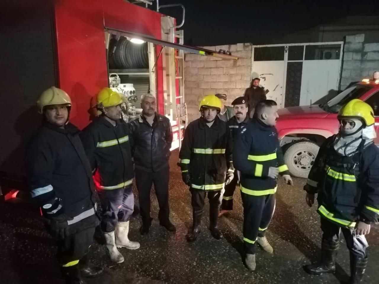 بالصور ..  حريق داخل دار في كركوك وأخراج طفلتين في الرمق الاخير