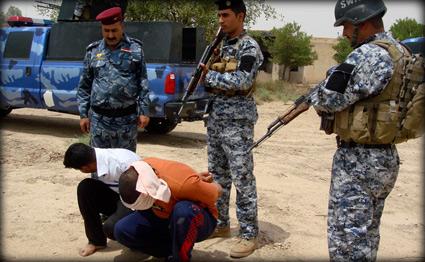 القبض على داعشيين اثنين متخفين داخل مخيم نزراوة للنازحين