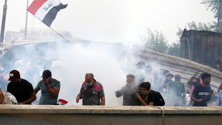 ارتفاع حصيلة حالات الاختناق والاصابات وسط بغداد الى 30 شخصاً