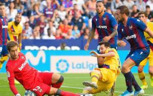 ضربة موجعة لبرشلونة من ليفانتي في الدوري الإسباني