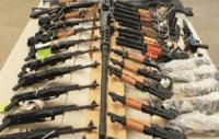 لجنة الامن والدفاع تدعو حكومة العبادي بعدم ارسال الاسلحة الى الاقليم سراً ( تفاصيل )