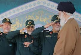 خامنئي يأمر بنشر قوات النخبة الخاصة على حدود العراق