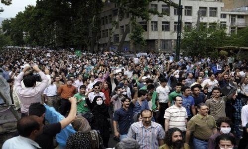 تجدد الاحتجاجات في عدة مدن إيرانية