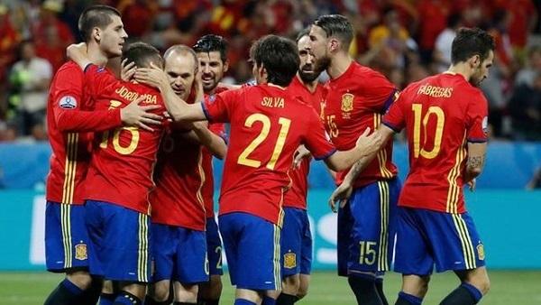 التشكيل المتوقع لمواجهة إسبانيا وروسيا