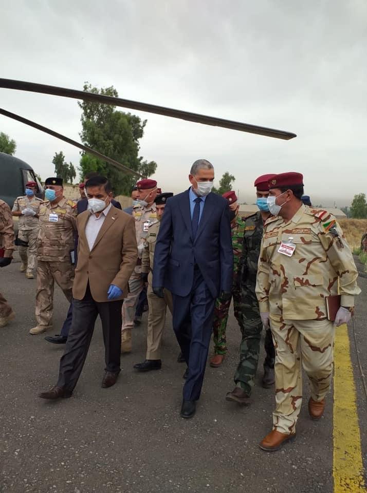 نائب يطالب وزيري الداخلية والدفاع بإيقاف هدر 750 مليون دينار باليوم الواحد في الموصل