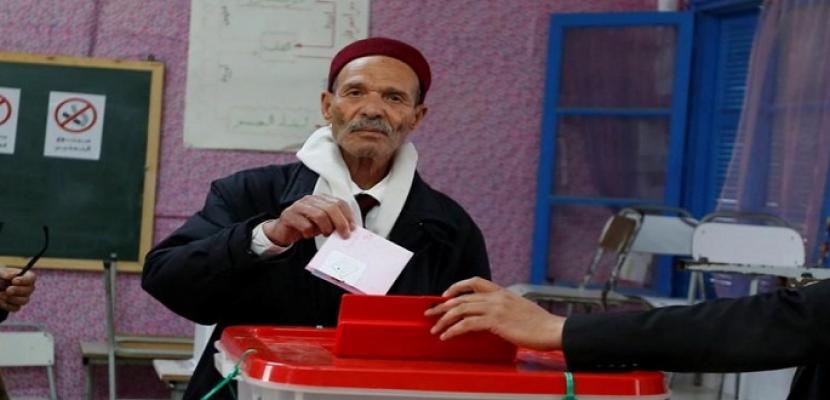 """انطلاق الانتخابات البلدية الجزئية بـ""""المظيلة"""" بولاية قفصة التونسية"""