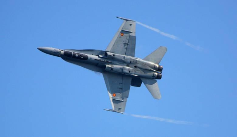 """مقاتلة اسبانية تطلق صاروخا بالخطأ بمناورات """"الناتو"""""""