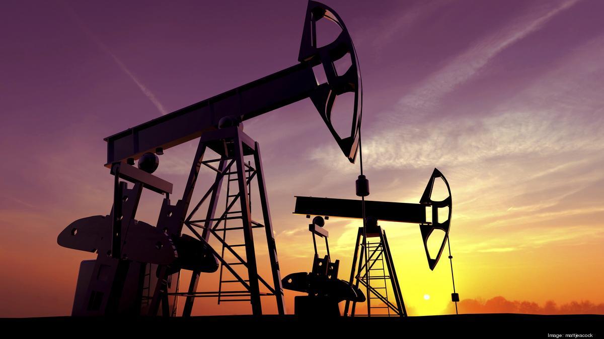 أسعار النفط تقترب من أعلى مستوى منذ ثلاثة أعوام
