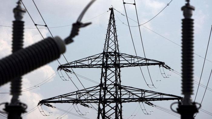 """الكهرباء تعلن عن تقليل """"مؤقت"""" بساعات التجهيز في بغداد والفرات الأوسط"""