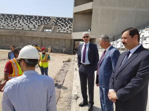 بالصور ..  وزير الشباب والرياضة يتفقد سير الاعمال في ملعب الزوراء