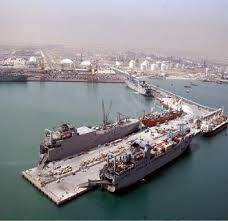 عبد المهدي: نعمل على تطوير الموانئ العراقية وخصوصا ميناء الفاو