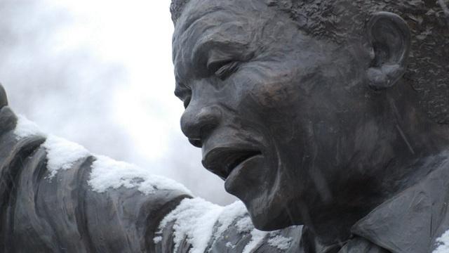 70 رئيس دولة وحكومة يحضرون جنازة مانديلا