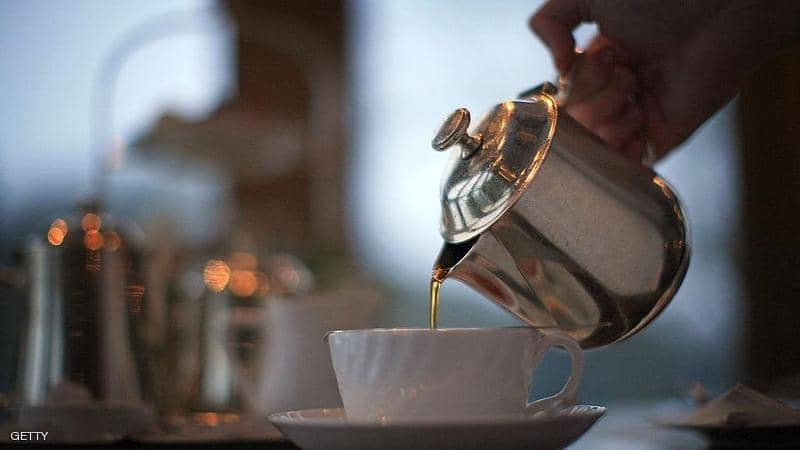 الشاي أم القهوة ..  أيهما أفضل لتنشيط الجسم؟