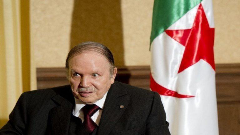 حزب التحرير الوطني الحاكم في الجزائر يتخلى عن بوتفليقة