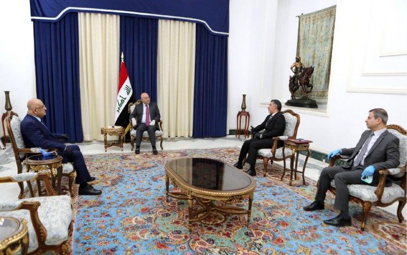 رئيس الجمهورية يؤكد ضرورة تأمين مفردات البطاقة التموينية ودعم العوائل المتعففة