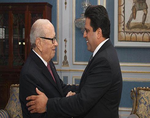 قلب للتوازنات في تونس.. الحزب الحاكم يندمج مع حزب آخر