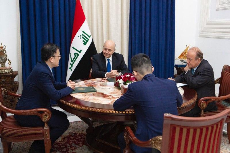 رئيس الجمهورية يعلن تضامن العراق مع الصين في مواجهة وباء كورونا