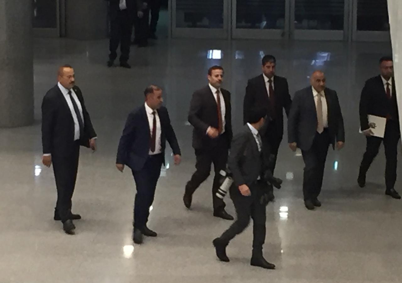 نواب يحملون عبد المهدي مسؤولية الخلل الذي عاناه البرلمان والحكومة بالفترة الماضية