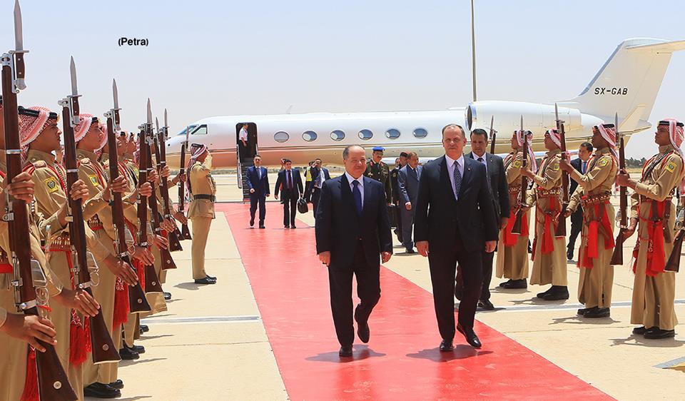 (صورة) بارزاني بصل إلى عمان للمشاركة في فعاليات المنتدى الاقتصادي العالمي