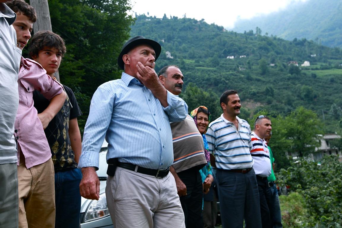 بالفيديو:  قرية تركية بأكملها تتحدث بلغة العصافير !!