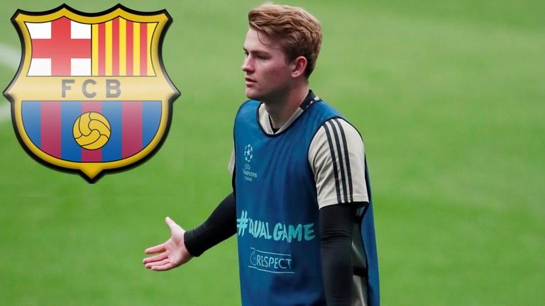برشلونة ينسحب من صفقة دي ليخت