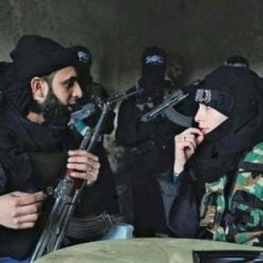 3 كويتيات بين صفوف داعش
