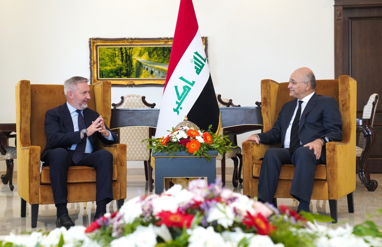 صالح يؤكد على إقامة علاقات متينة مع إيطاليا والاتحاد الأوروبي