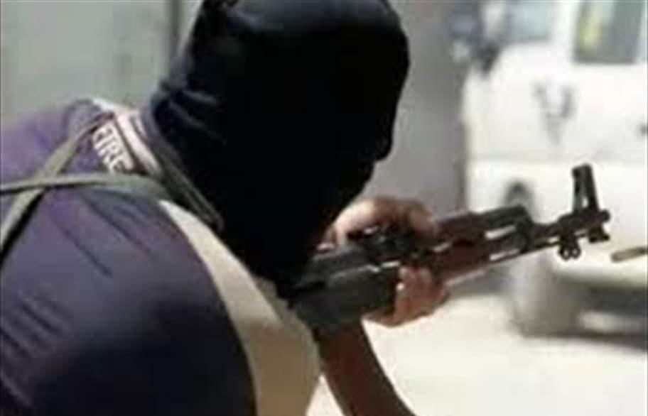 مسلحون يقتحمون منزلا ويسرقون مبالغ مالية ومصوغات في مدينة الصدر